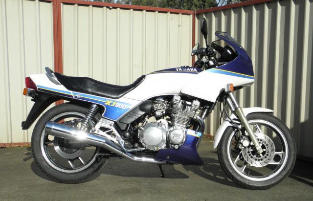 Yamaha XJ900 1988 shaft drive sports tourer clean original 60,127 klm condition