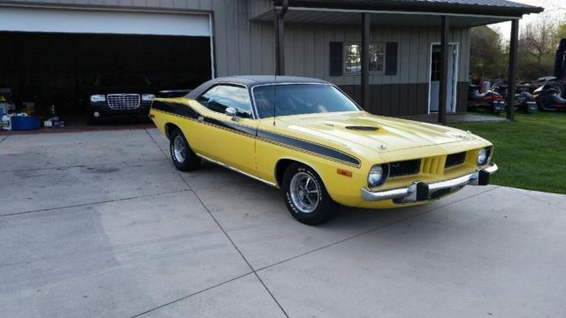 1973 PLYMOUTH CUDA 340/V8 AUTO...RARE CAR IN THE UK !