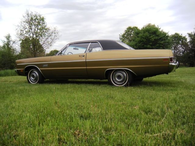 PLYMOUTH FURY 111 2-COUPE AUTO STUNNING CLASSIC CAR