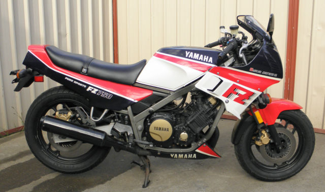 Yamaha FZ750 1986 very original classic 80,s sportsbike only done 33,068 miles