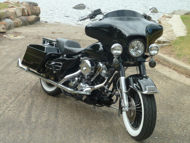 Harley Davidson FLHTC SHovelhead Electra Glide Custom Bagger