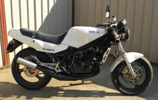Yamaha RZ250R 1988 last series RZ250 made Only 25,355 klms goes really well