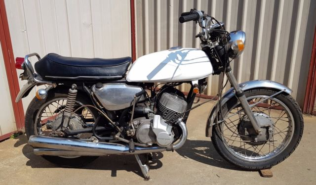 Kawasaki H1 500 1970 2 stroke triple Resto project good