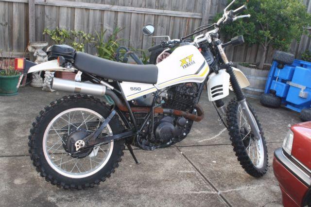 Yamaha XT550 motorcycle