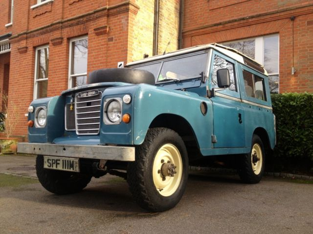 Land Rover Series 3 Defender. 1973. Station Wagon Safari.