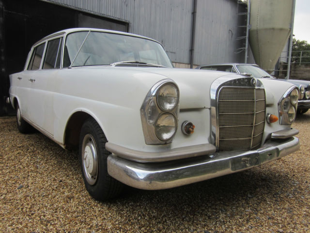 Mercedes  Fintail 220b 1965 W111 LHD Project matching numbers car.
