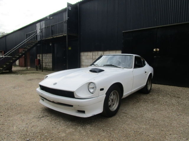Datsun 260z 1974  LHD  2 Seater Coupe Rare RLS30 VERY RUST FREE.RUNNING CAR