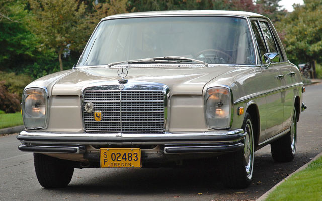 1971 Mercedes 250S W114  - CA car with 90K miles - All original paint & interior