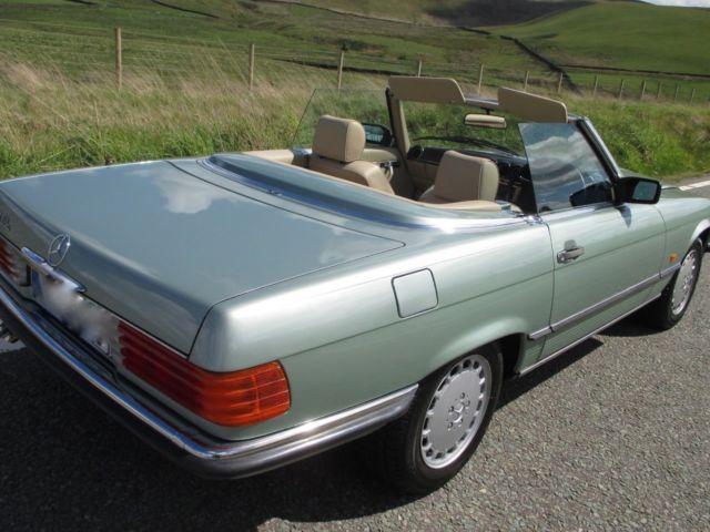 1988 300sl Mercedes R107 Willow Green Metallic Automatic